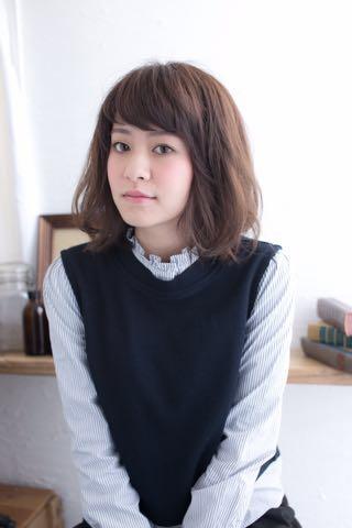 【ヘアスタイル】短め前髪×大人かわいいミディアム