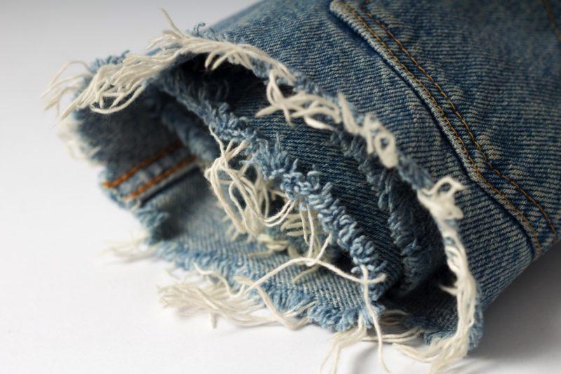 トリートメントで髪の毛が直ったら、洗濯で破れた洋服の穴が塞がるかも