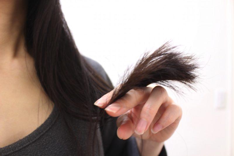【QandA】右側の髪の毛がいつもはねてしまいます。パーマで内巻きにできますか?